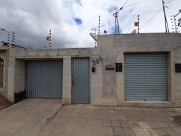 Vendo ou alugo ou troco casa no Centro de Arapiraca-Al