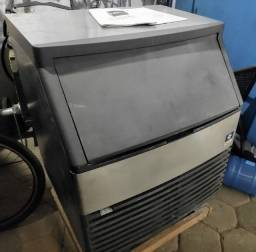 Máquina Fábrica de Gelo em Cubos 127Kg/dia - Oportunidade!