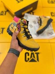 Título do anúncio: BOTA CAT 34 A 43