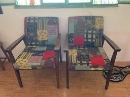 Título do anúncio: Vendo conjunto de cadeiras de sala