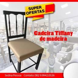 Título do anúncio: Cadeira Tiffany em madeira
