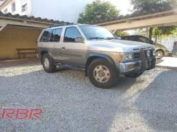 NISSAN PATHFINDER GNV 3.0 V6 1994
