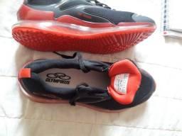 Vendo os dois sapato