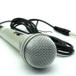 Microfone Prata Com Fio Profissional Dinamico Dm 701