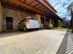 Título do anúncio: VF49 Casa 3 Quartos em Santa Mônica Ótima Oportunidade