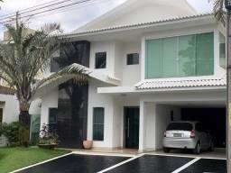 Casa de condomínio para venda com 350 metros quadrados com 4 quartos