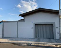 Casa a venda em Itapira