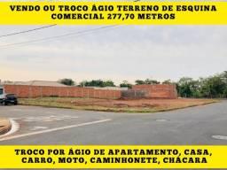 Título do anúncio: Terreno comercial de esquina grande 277m2 já escriturado e pronto pra construir
