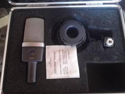 Título do anúncio: Microfone AKG C 214 semi novo, com case.