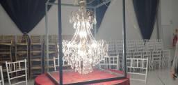 Lustre dourado 12 lampadas brancas vela 1m alt, 0,8m largura