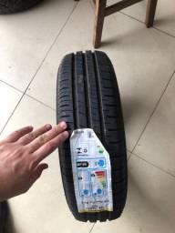 Pneu 165/70/13 Dunlop novos