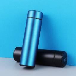 Título do anúncio: Garrafa térmica  em inox com display eletrônico ( Conserva por muito tempo !!!!!!