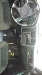 Vende-se ou troca por carro de menor valor uma S10 cabine dupla a diesel completa traçada - 2009