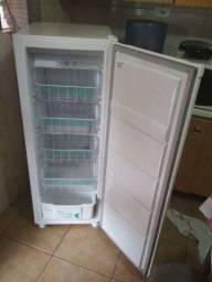 Freezer vertical*excelente estado