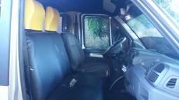 Vendo ou troco em micro ônibus 2010 uma van Ducado 16p ano 12/13