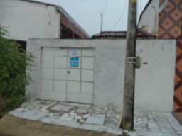 Casa com 2 dormitórios para alugar, 80 m² por r$ 699,00/mês - carlito pamplona - fortaleza