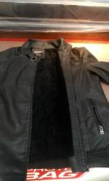 Jaqueta de couro 80 reais ótimo estado