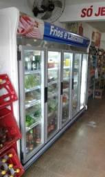 Expositor Autoserviço para bebidas geladas