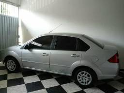 Fiesta sedan 1.0 flex 8v 4pts - 2009
