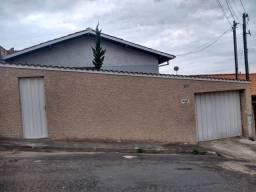 Casa à venda com 3 dormitórios em Bom pastor, Varginha cod:1224