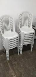 Vendo cadeiras pouco usadas em perfeito estado
