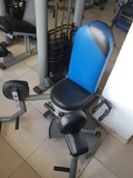 Cadeira Adutora e Maquina 4 apoios (ACADEMIA)