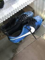 Chuteira Nike Mercurial Cr7 tamanho 41
