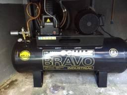 Vendo compressor Schulz CSL 40 BR/250L +secador de ar Puma 78PCM