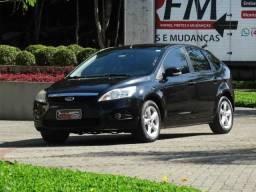 Ford Focus 1.6  5p