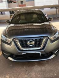 Nissan Kicks SL banco de couro creme