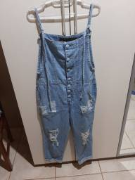 Macacão jeans seminovo 38