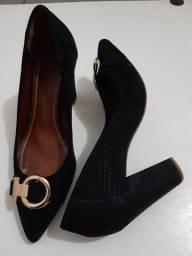Sapato feminino (2 pares)