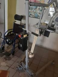 Vendo guincho elétrico, cadeira de rodas e cama hospitalar