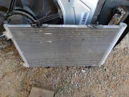 Radiador condensador e ventoinha Citroen C3 2017