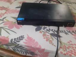 Vendo aparelho de DVD tá novo tem o controle também