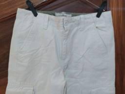 Título do anúncio: Bermuda brim off white tamanho 10