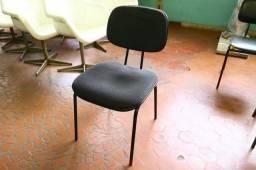 Título do anúncio: Cadeira de Escritório / Fixa (LER OBSERVAÇÕES) em Tecido Preto 81 cm x 40 cm x 44 cm