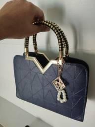 Título do anúncio: Bolsa de couro sintético feminina azul luxuosa