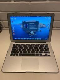 Macbook Air + capinha protora + case para guardar