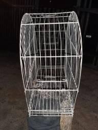 Vendo uma gaiola de ferro por apenas R$ 80