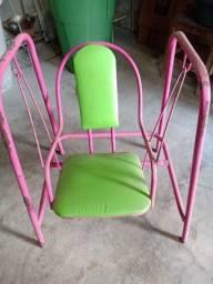 Título do anúncio: Vendo cadeira de balanço infantil