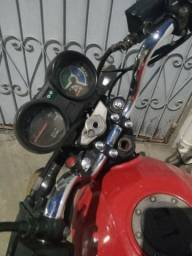 Título do anúncio: Moto 150 cc bem conservada pra sair do busão