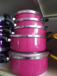 Jogo de panela pesado colorido