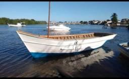 Barco de pesca ou passeio