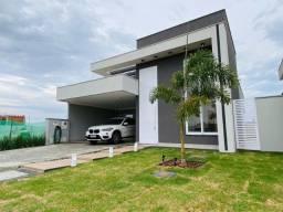 Título do anúncio: Linda casa térrea no condomínio Parqville Pinheiros