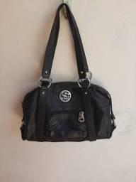 Título do anúncio: Linda bolsa feminina preta