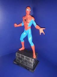 """Título do anúncio: Miniatura """"Homem-Aranha"""" (estátua)"""