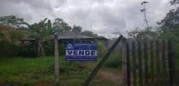 Sítio em aldeia Km 17, área de 2000 m² e com casa semi acabada.