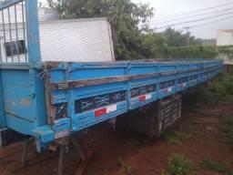 Título do anúncio: Carroceria truck MB