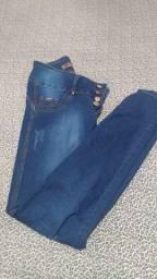 Título do anúncio: Calça jeans tam 38